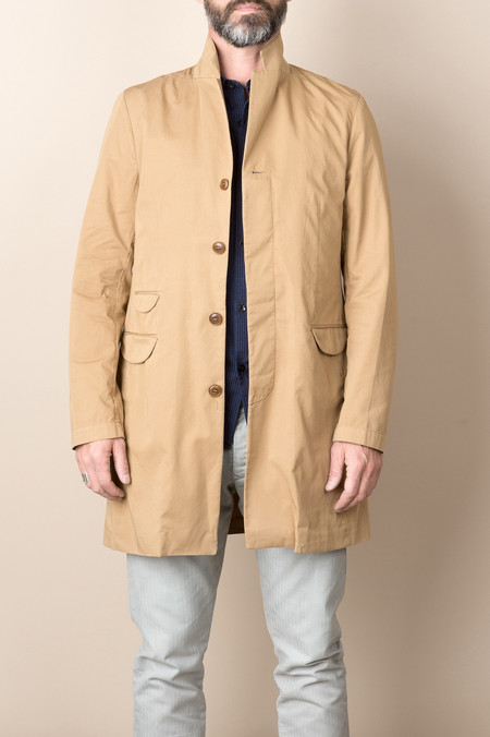 Homecore Summer Leeds Coat In Beige