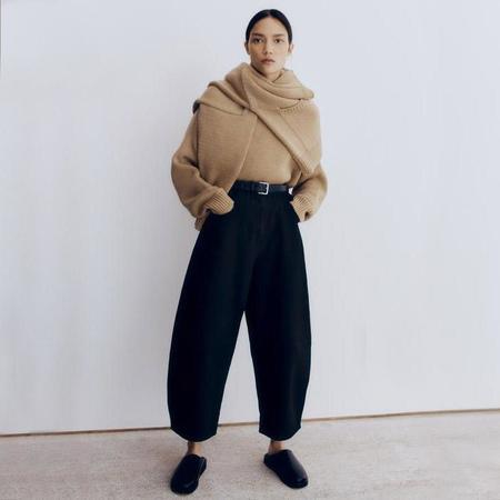 Mónica Cordera Curved Leg Pants - Black
