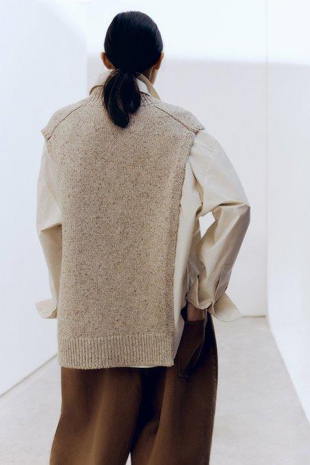 Mónica Cordera Soft Wool Cape shirt - Taupe