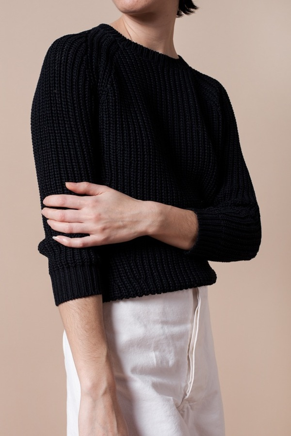 Demy Lee Nao Sweater-Navy