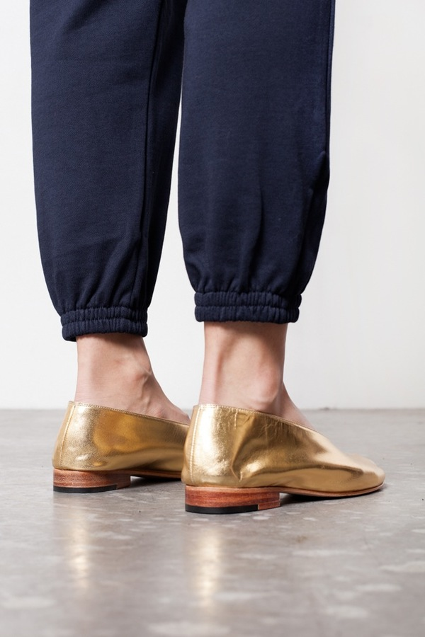 Martiniano Glove-Gold