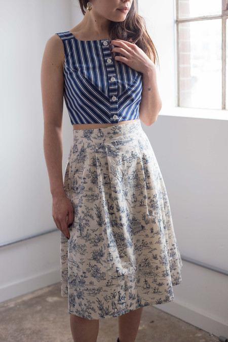 Birds of North America Ouzel Skirt (Navy Toile)