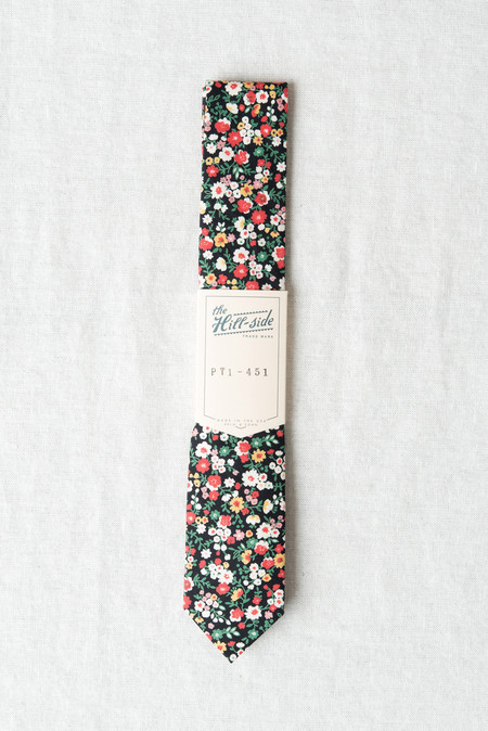 The Hill-Side/Hickoree's Standard Tie In Small Flowers Black