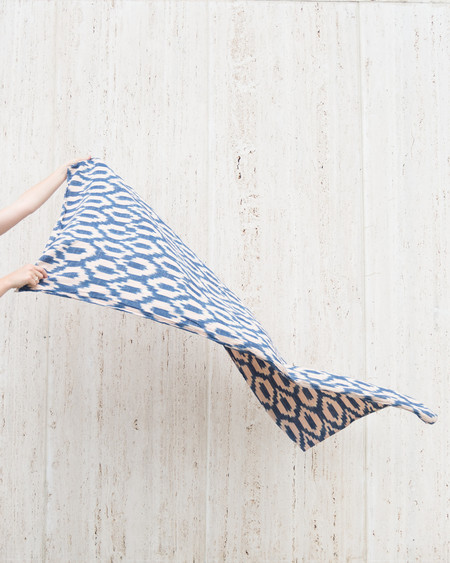 Esby DECK TOWEL - BLUE/BLUSH IKAT