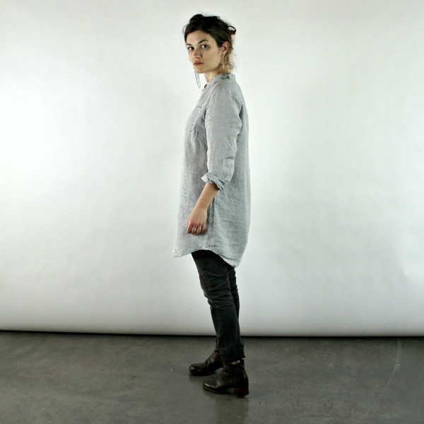 Nuthatch Placket Tunic in Gray or Black Linen