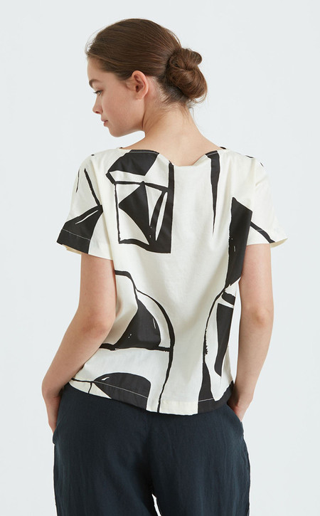 Black Crane Boat Neck Top | Cream & Black (Print C)