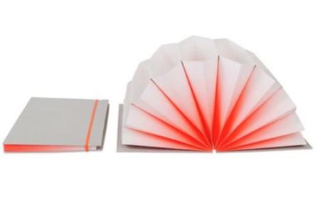 HAY : Plissé Accordion Folder