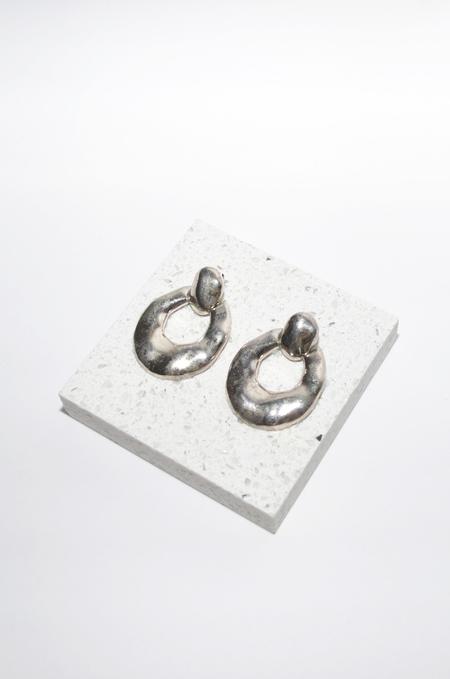 Clan of Cro VINTAGE | silver drop hoop earrings