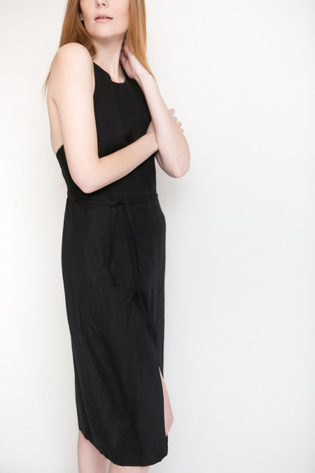 First Rite Low Back Dress / Black