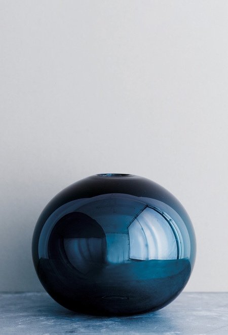 Samuji Ball Glass Vase