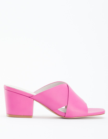 """INTENTIONALLY __________."" Hunter Sandal Fuchsia Pink"