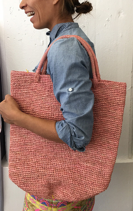Far & Wide Collective Sisal Beach Tote in Pink