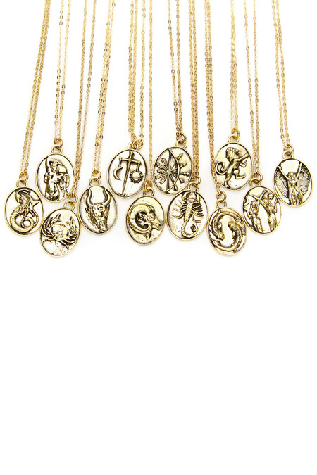 Talon Gold Leo Necklace