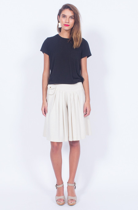Yo Vintage! CREAM RAW SILK PLEATED SHORTS (MEDIUM)
