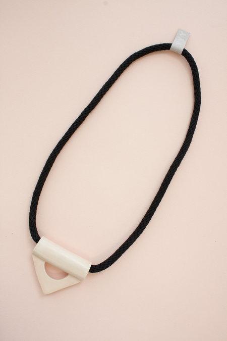 YYY triangle- peach + white