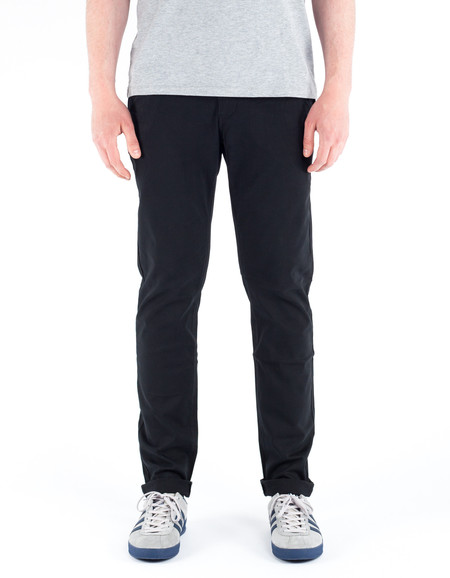 The Daily Co. Slim Chino Rich Black