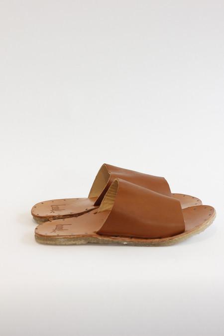 Beek Parrot Sandal