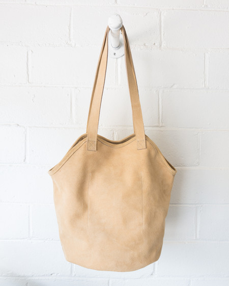 Esby Leather ESBY FISHERMAN TOTE - SAND SUEDE