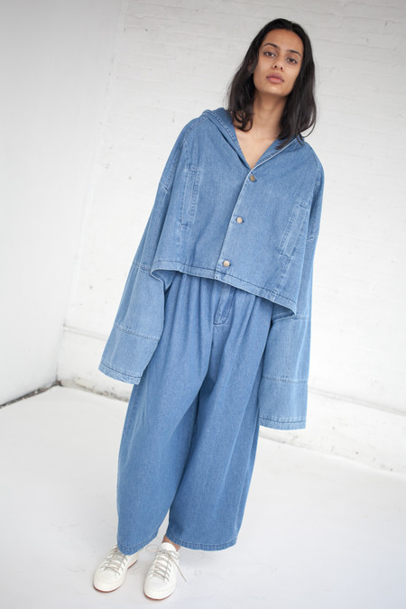 69 Pleated Pants in Medium Light Denim