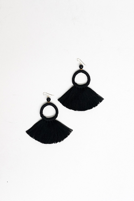 Ora-C Mixed Material Oly Fringe Earrings