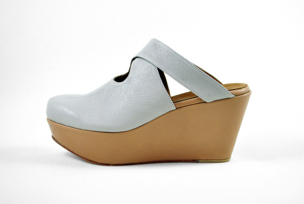The Palatines Shoes Lemma Cross Clog - Beige/Tan Leather