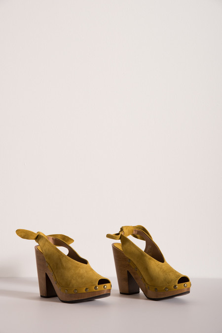Ulla Johnson Mina Clog in Honey Suede