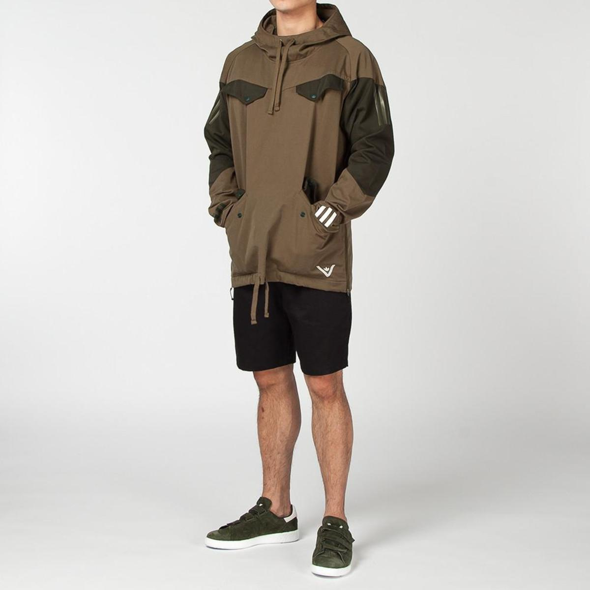 5b71d3758df3 ADIDAS ORIGINALS BY WHITE MOUNTAINEERING PULLOVER JACKET   TRACE ...