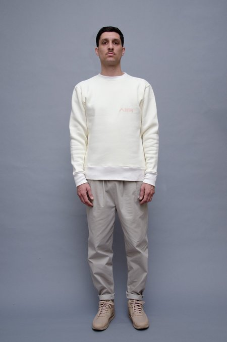 North Hill Revolte Crewneck