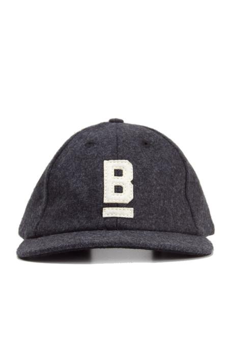 Bridge & Burn B Flat Wool Cap in Charcoal