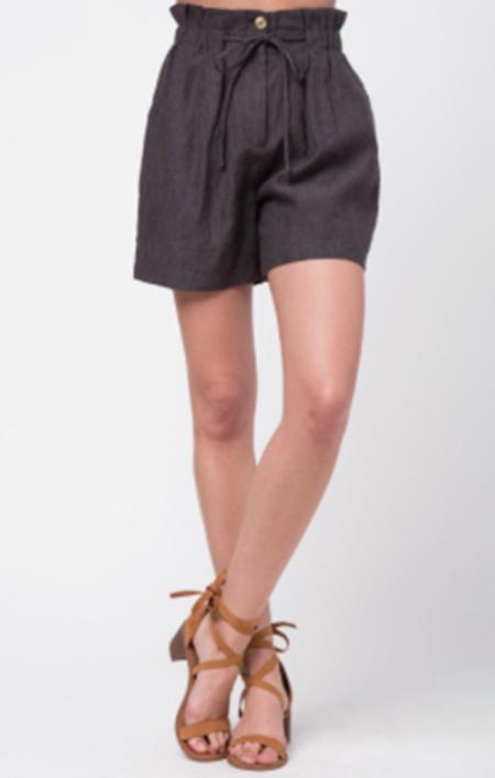 Movint Bermuda Tie Shorts