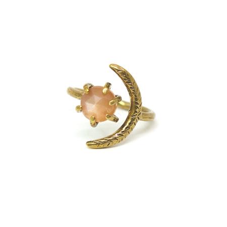 Laurel Hill Jewelry Io Ring - Peach Moonstone