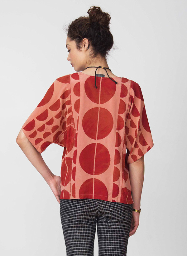 Seek Collective Jynne top | earth red eclipse print
