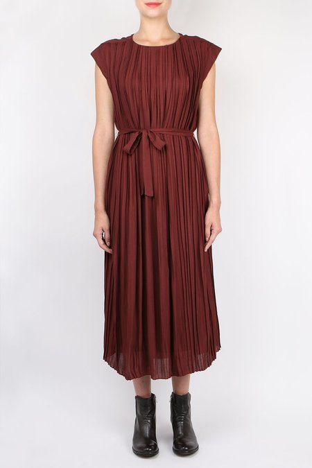 Pomandere Pleated Dress - Burgundy