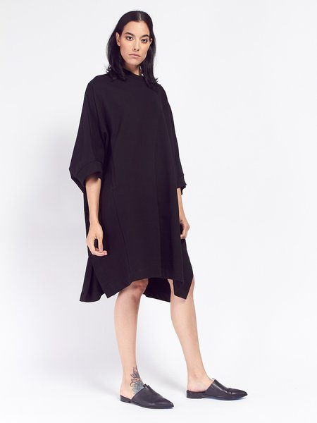 Kowtow Building Block Cape - Black