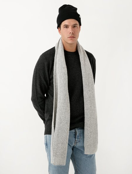Norse Projects Mens Norse Brushed Scarf - Light Grey Melange