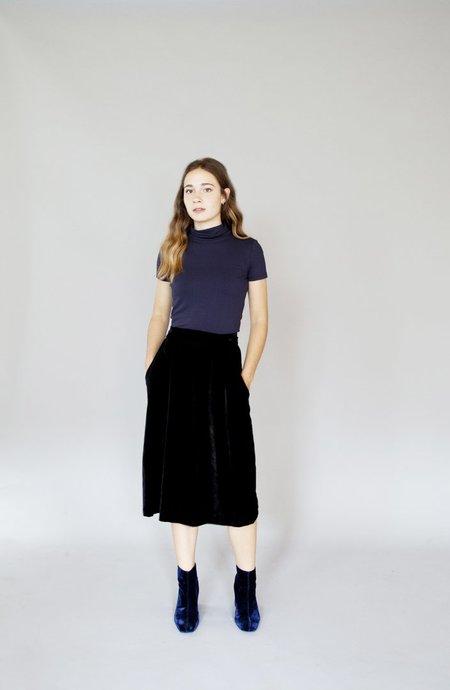 Allison Wonderland – Cross Skirt Black