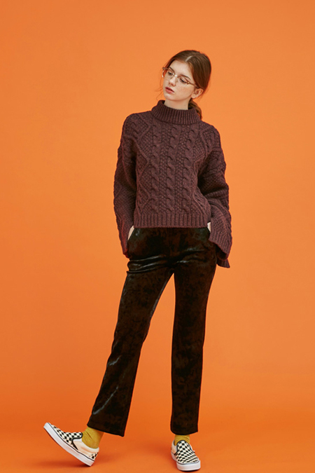 Another Twisted Slit Knit- Brown