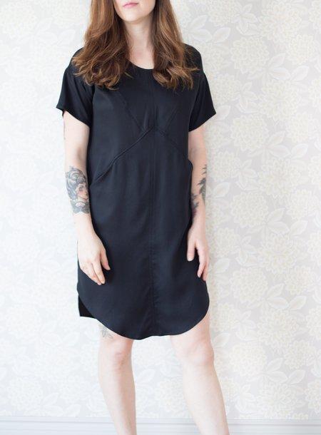Eve Gravel Rosewood Dress - Black