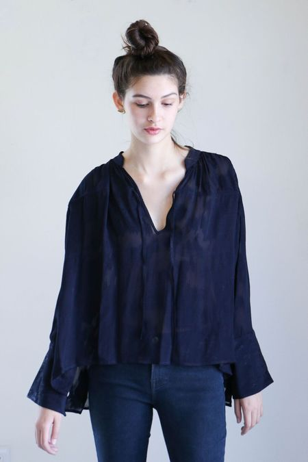 Where Mountains Meet Mira Blouse in Navy