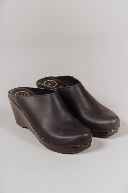 No.6 New School Clog in Black/Black