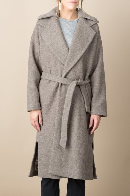 A Kind of Guise Chaya Coat In Taupe