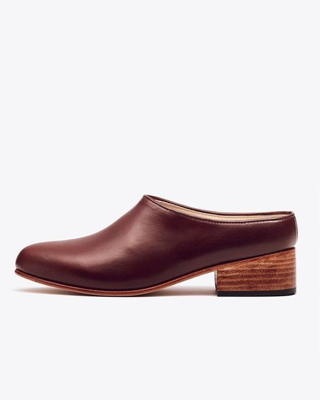 Nisolo Sofia Slip-On Brandy