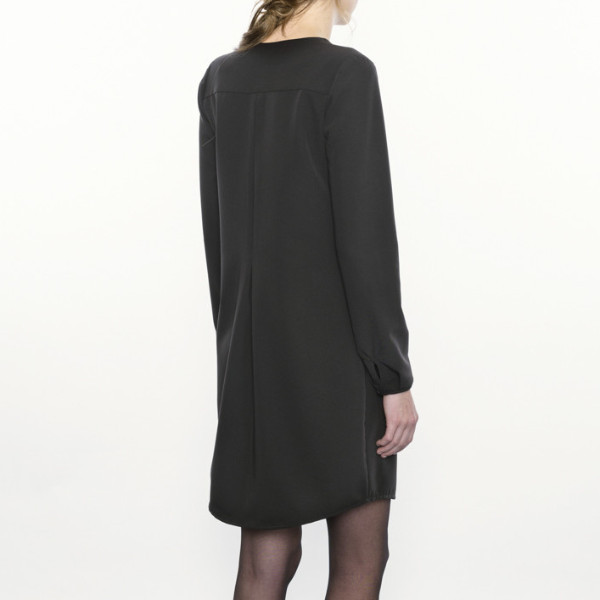 Josiane Perron R01AH15   Black