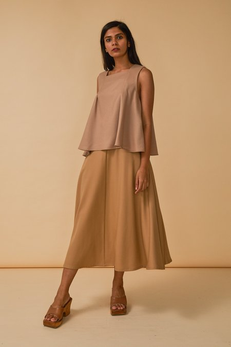 Wolcott : Takemoto Ella Top in Dune Wool Twill