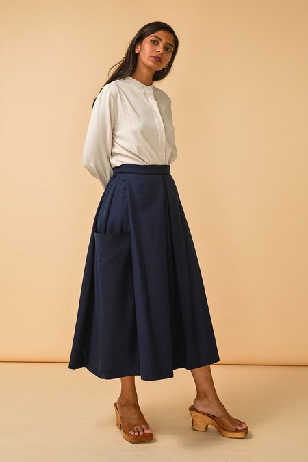 Wolcott : Takemoto Gladys Skirt in Navy Worsted Wool Twill