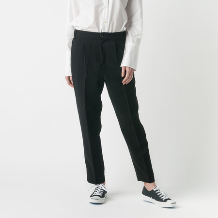 NICO Essential Front Pleat Pant with Side Pocket in Black