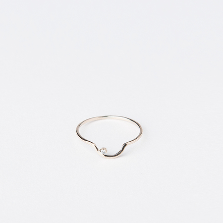 WWAKE Arc Lineage Ring with White Diamond in 10K Yellow Gold
