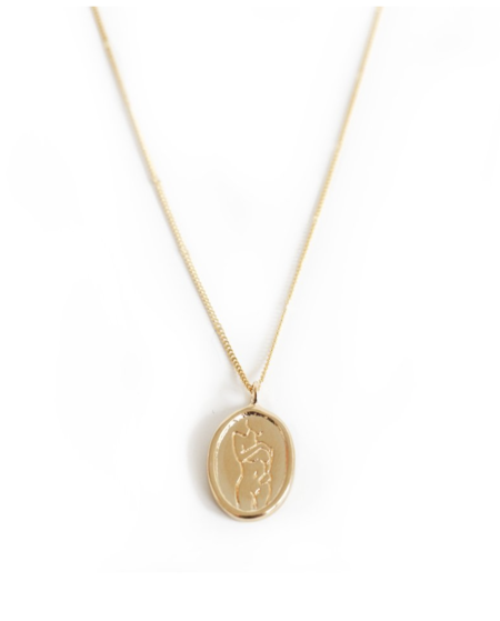 Wolf Circus Femme Pendant in Gold