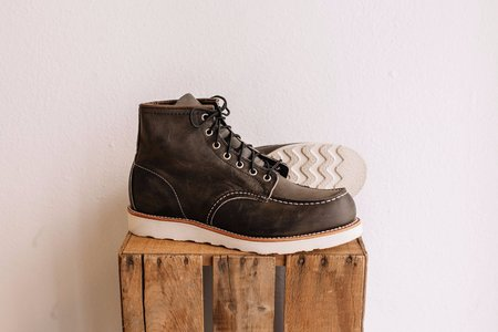 Men's Red Wing Shoes Classic Moc No. 8890