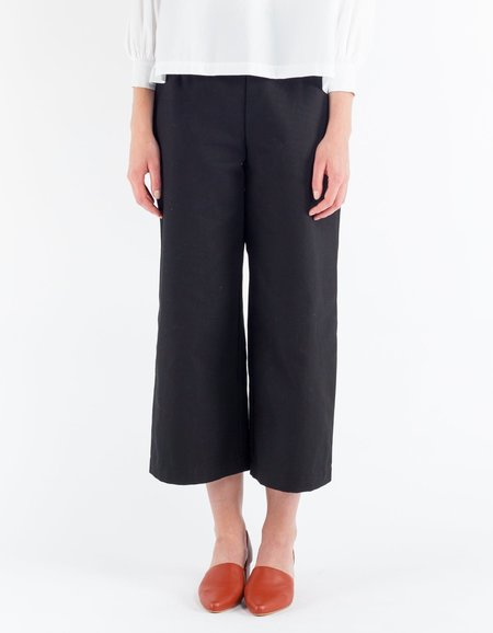 Sunja Link Cropped Pants - Black